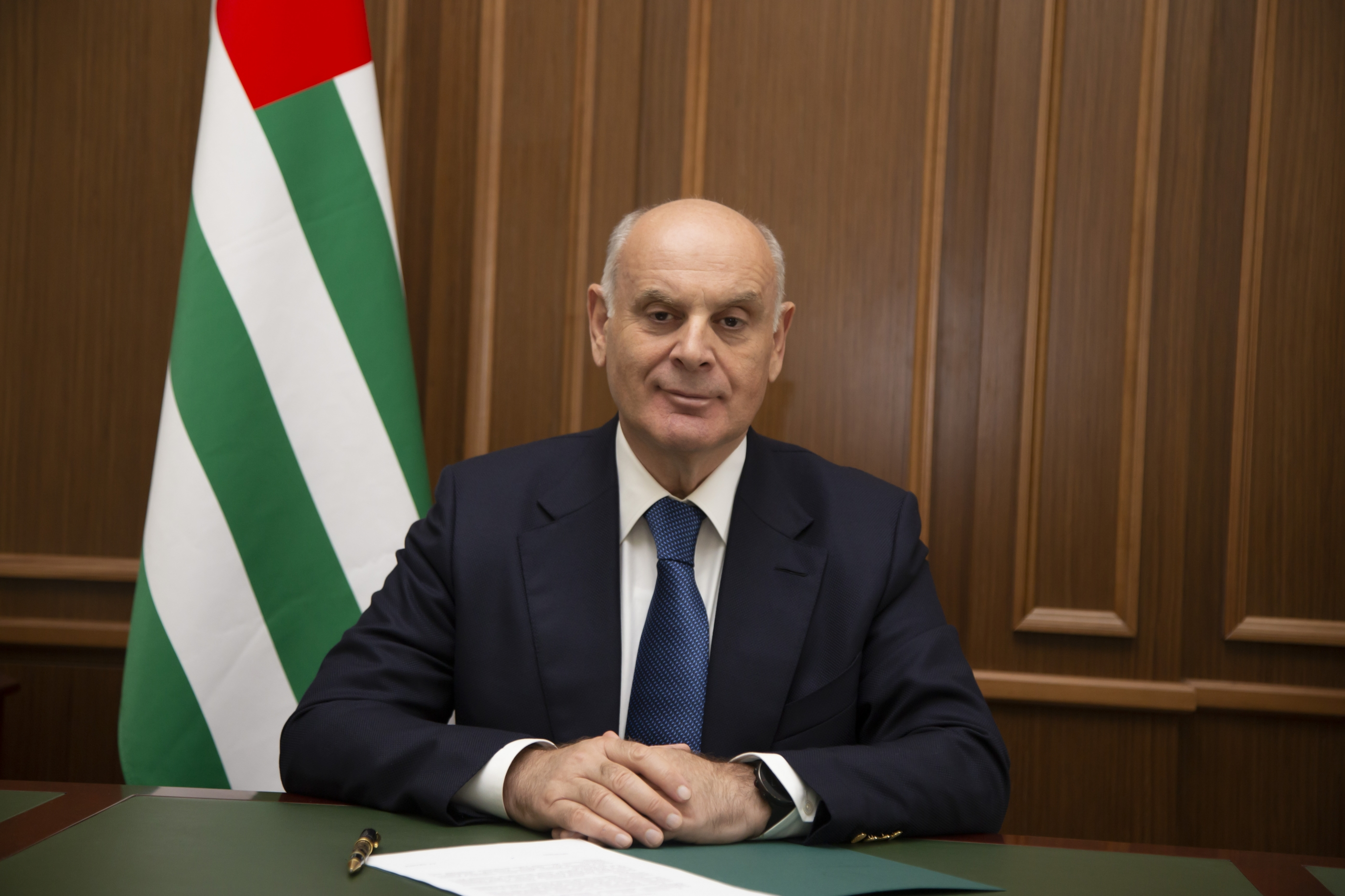Президент Абхазии Аслан Бжания посетит Южную Осетию с официальным визитом