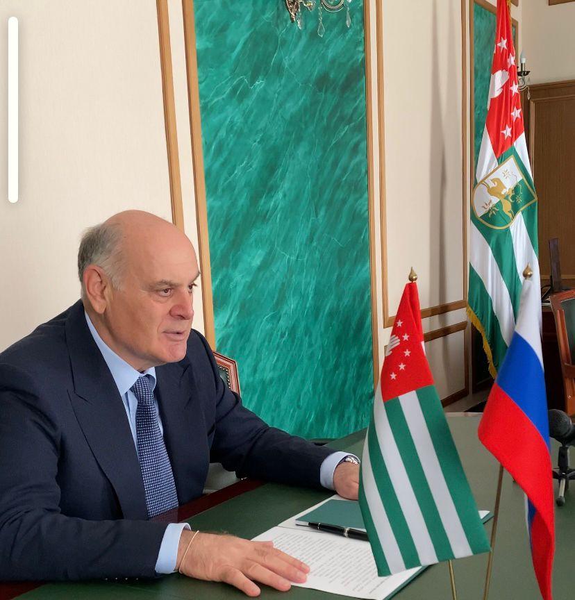 Аслан Бжания провел встречу с Андреем Гурулевым